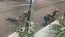 Jovem arrasta aposentada pela rua para roubar bolsa: 'Me desafiaram'