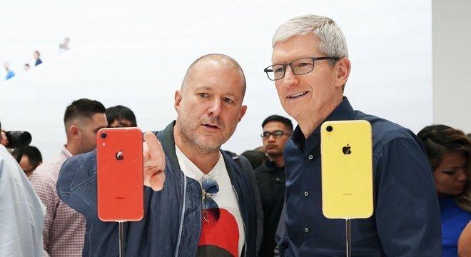 Tim Cook, CEO da Apple, apresenta o novo iPhone 11 nesta terça-feira (10)