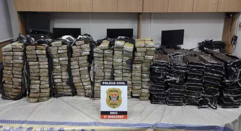 Polícia flagra carretas de etanol que escondiam cocaína e maconha em Marília, no interior