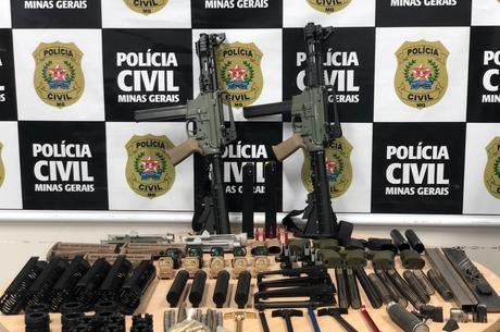 Armas foram apreendidas em oficina na Grande BH