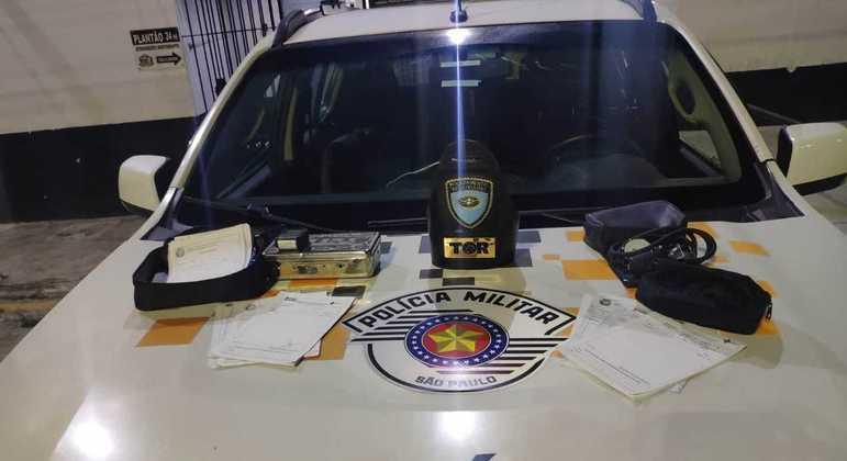 Médico é detido em rodovia de SP com dezenas de atestados e receitas de diferentes UBSs