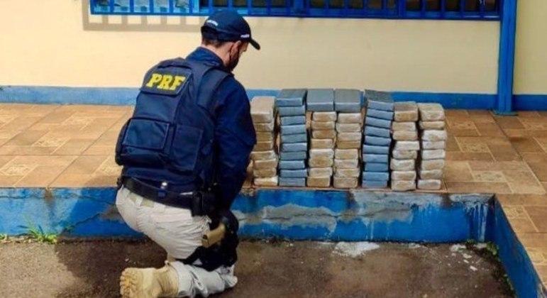 Apreensão de 32 quilos de cocaína e 41 quilos de crack em Sarandi (PR)