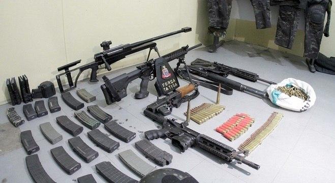 As armas apreendidas são de uso restrito das Forças Armadas