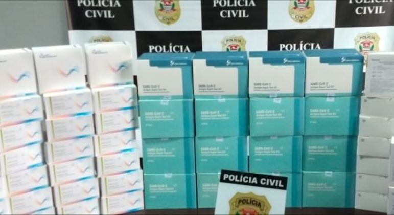 Polícia Civil de SP apreendeu mais de 4,8 mil testes de covid-19 vencidos ou sem procedência