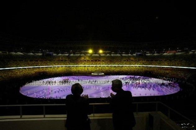 Apresentação utilizou quase todo espaço do estádio.