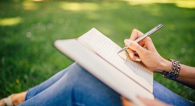 Curso gratuito e online abre inscrições para estudantes de baixa renda