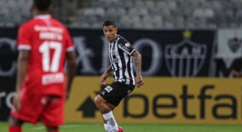 """Arana comentou que em alguns momentos da Libertadores, o time terá de """"saber sofrer"""""""