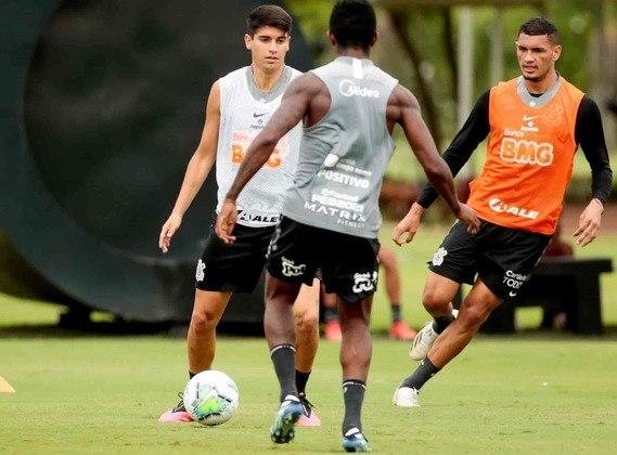 Araos foi titular nos últimos dois jogos do Corinthians e agradou Vagner Mancini.
