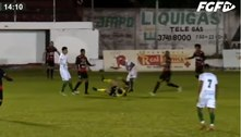 Árbitro é agredido por jogador e desmaia na 2ª divisão do Gauchão