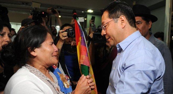 Arce esteve com Evo Morales durante a maior parte de seu governo