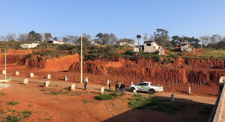 Operação mira terrenos irregulares em áreas de mananciais em São Paulo