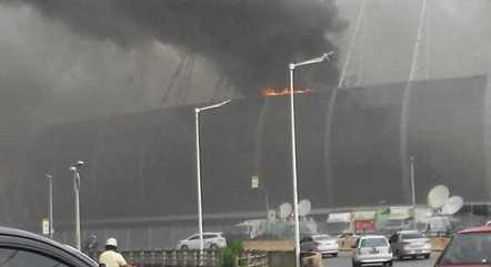 Incêndio foi registrado nas redes sociais