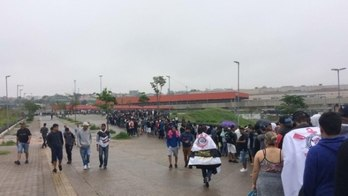 Fiel faz fila na Arena Corinthianspor ingressos em treino aberto (Instagram)