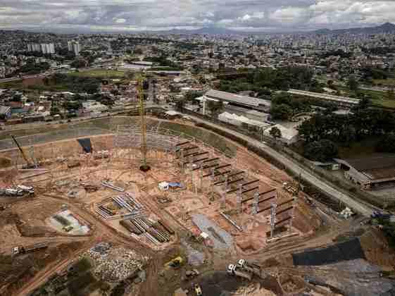Arena MRV: Atlético Mineiro - Capacidade: 45.000 - Previsão de entrega: 2022 - Atualmente o clube atua na Arena Independência.