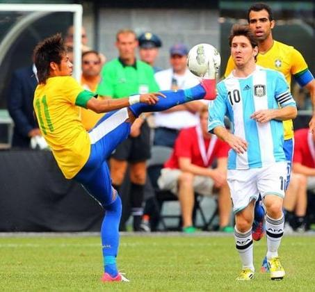 Argentina 4 x 3 Brasil - 09/06/2012 – Amistoso