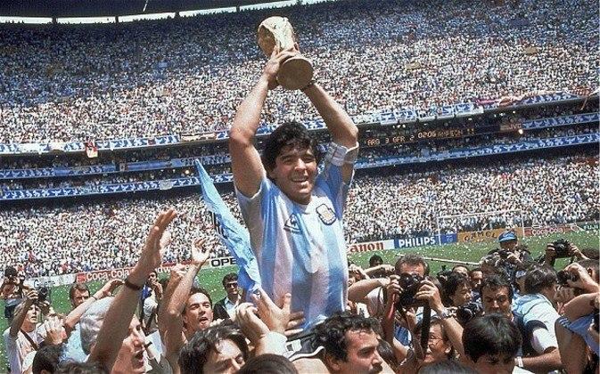 Argentina - Bicampeã mundial, foi invicta apenas em 1986, com um show de Diego Armando Maradona (6 vitórias e 1 empate)
