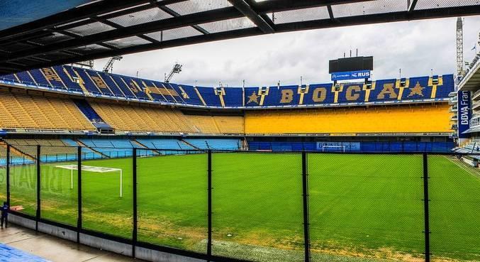 La Bombonera, a casa do Boca Juniors é um dos mais famosos gramados de Buenos Aires