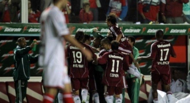 Argentino Juniors 2 x 4 Fluminense - 2011