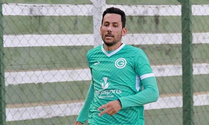Ariel Cabral: volante novamente vinculado ao Cruzeiro (estava no Goiás)