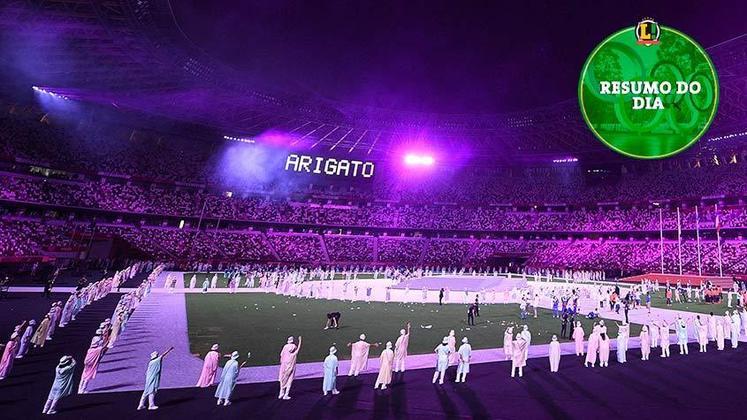 Arigato, Tóquio! Terminou os Jogos Olímpicos de 2020. No último dia de evento, teve a tradicional maratona e o Brasil conquistando duas medalhas de prata. A cerimônia de encerramento também foi destaque. Confira o resumo do LANCE!.