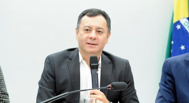 O secretário de Orçamento Federal, Ariosto Culau, durante audiência pública