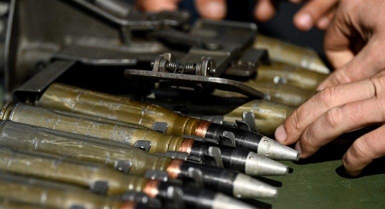 Rússia entregará armas e helicópteros para países que fazem fronteira com o Afeganistão