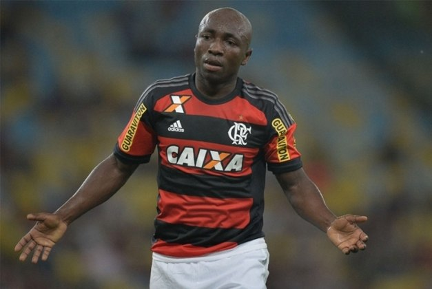 Armero, que fez sucesso no Brasil, encerrou seu vínculo com o Guarani em 2019 e está sem clube. Disputou a Copa de 2014, no Brasil. Seu valor de mercado é de 600 mil euros (cerca de 3,6 milhões de reais), informa o Transfermarkt.
