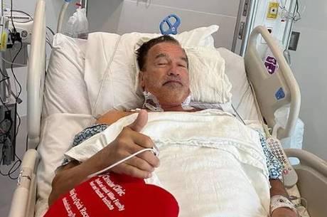 """Arnold Schwarzenegger: """"Estou fantástico"""""""