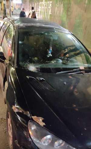 Carros foram danificados