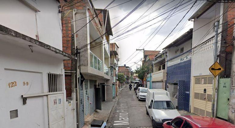 Um dos suspeitos foi encontrado na rua Mario Pederneiras, no Campo Limpo