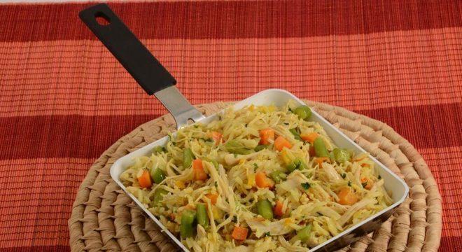 arroz de frigideira com frango