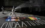 Arte de rua com temática do coronavírus em La Paz, Bolívia