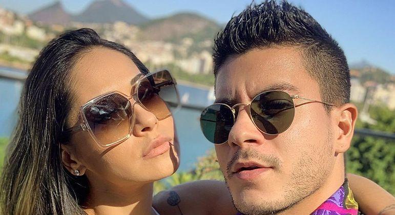 Relacionamento entre Mayra Cardi e Arthur Aguiar chegou ao fim oito dias após volta