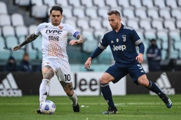 Arthur: Com apenas uma contribuição para gol e 69% do tempo como reserva na Juventus, Arthur vive mau momento na Juve, que pode negociá-lo na próxima temporada