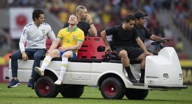 Arthur foi substituído no amistoso contra Honduras