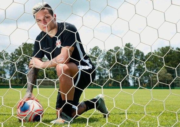 Arthur, do Bragantino, jogou em dez oportunidades e fez três gols, uma média de 0,3, além de ter finalizado 1,6/partida. Ele também deu três assistências.