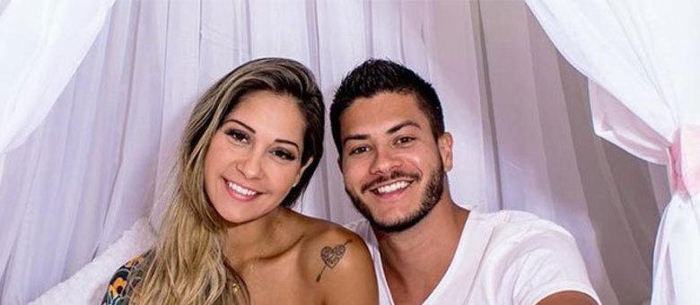 Arthur e Mayra se casaram em 2017