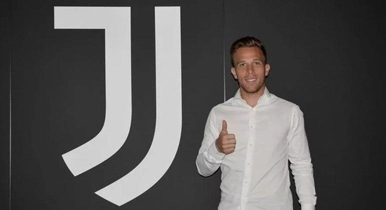 Arthur está em sua primeira temporada na Juventus