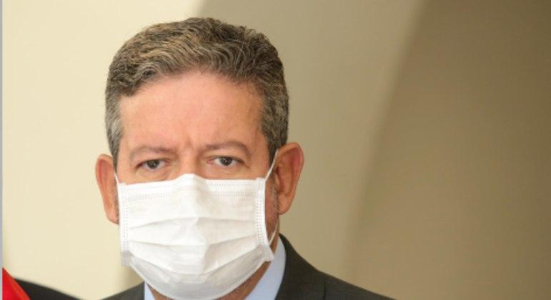 O presidente da Câmara, Arthur Lira (PP-AL), enfrenta primeira crise institucional com prisão de Daniel Silveira