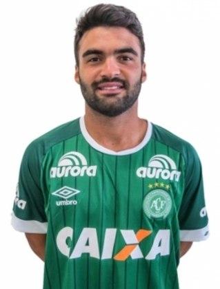 Arthur Maia, formado no Vitória, estava no voo da Chapecoense que caiu em 2016 no interior da Colômbia. Ele faleceu aos 24 anos.