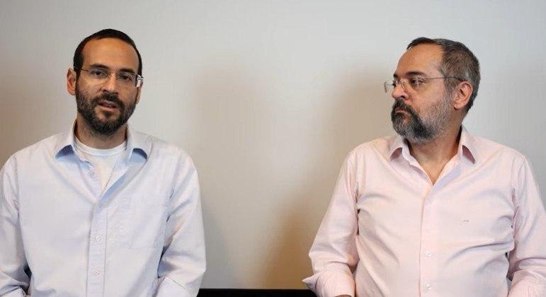 Arthur Weitraub gravou vídeo ao lado do irmão, o ex-ministro da educação Abraham Weitraub