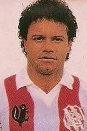Arthurzinho - O ex-meia foi vice-campeão carioca com a camisa alvirrubra em 1985.  Dois anos antes, fez quatro gols na goleada sobre o Flamengo por 6 a 2.