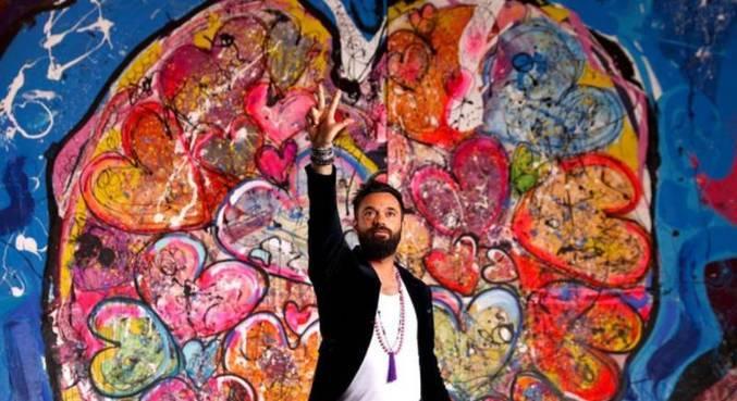 Meta do artista Sacha Jafri é arrecadar pelo menos 30 milhões de dólares