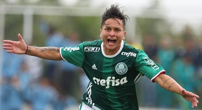 Havia muita esperança quando Artur era jogador da base do Palmeiras