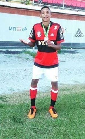 Artur Vinicius faria 15 anos hoje