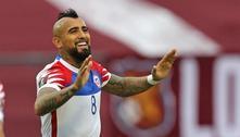 Meio-campista chileno Vidal se recupera da Covid-19 em hospital