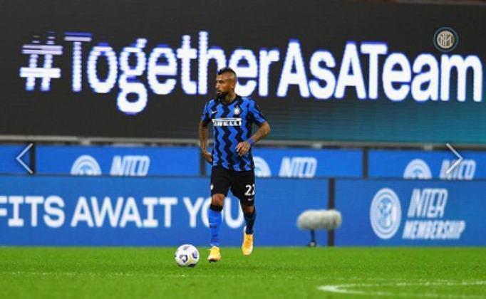 Arturo Vidal - 34 anos - Volante - Clube: Inter de Milão - País: Chile - Contrato até: 30/06/2022