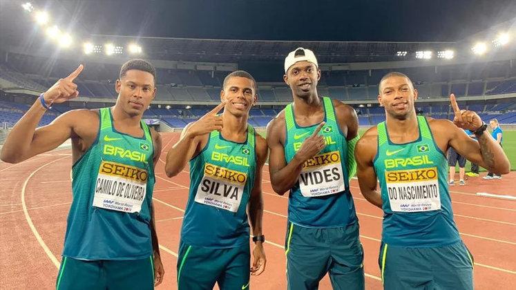 Às 23h30, vai rolar as qualificatórias dos 4x100m masculino