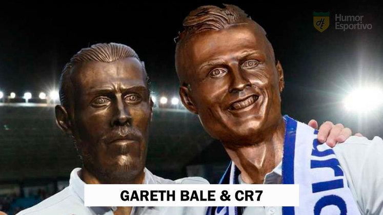 As duas obras do escultor Emanuel Santos juntas em um meme