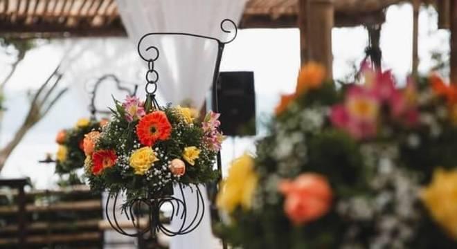 As flores de gérbera são muito utilizadas em festas de casamento
